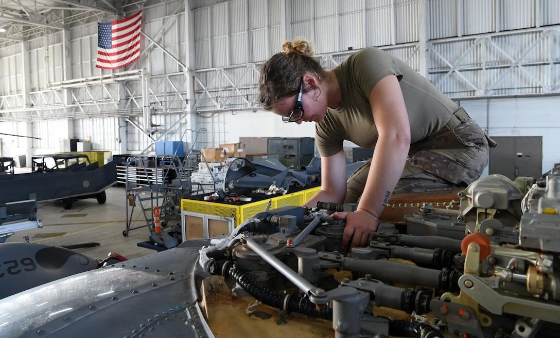 920th Maintenance Airmen continue amid COVID-19
