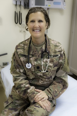 Lt. Col. Dana Lonis was interviewed by Sgt. Lacey Rogerson for Women's History Month at United States Military Hospital-Kuwait.
