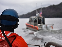 Tactical training aboard 29-foot RB-S keeps crews proficient for search and rescue cases