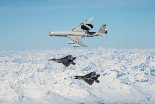 Total Force Airmen demonstrate Alaskan airpower