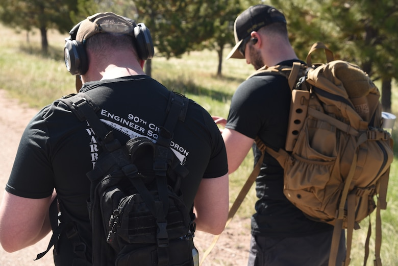 Sgt Rosenquist and Airman Cole begin their ruck