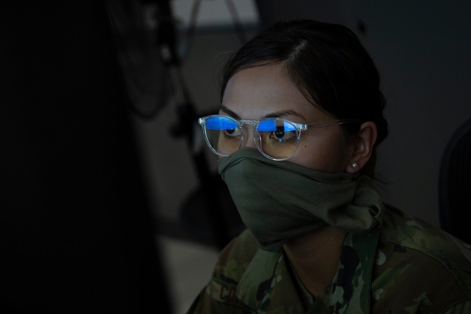 An Airman assigned to the 609th Air Operations Center performs tasks inside the Combined Air Operations Center at Al Udeid Air Base, Qatar, April 20, 2020.