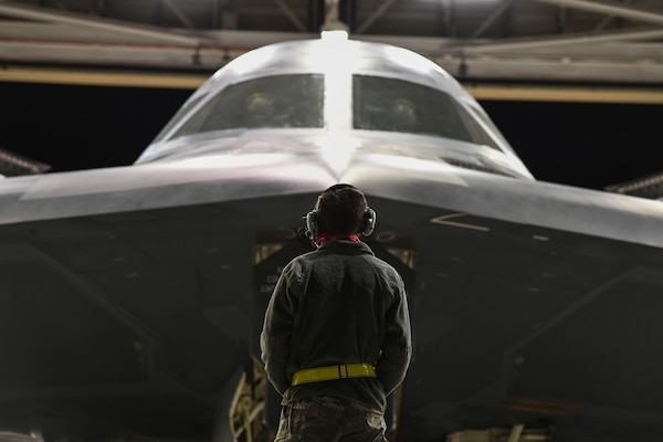 A maintainer assigned to 509th Aircraft Maintenance Squadron prepare a B-2 Spirit Stealth Bomber for take-off in support of U.S. Strategic Command strategic presence operations at Whiteman AFB, Missouri, May 7, 2020. U.S. Strategic Command routinely conducts strategic presence operations across the globe as a demonstration of U.S. commitment to collective defense and to integrate with Geographic Combatant Command operations and activities. These missions also familiarize aircrews with air bases, procedures, and operations in different Geographic Combatant Commands areas of operations.