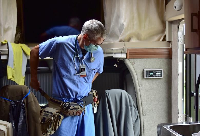 Doctor dawns medical belt