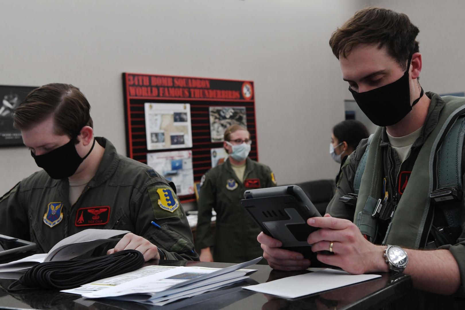 Aviators attend a meeting