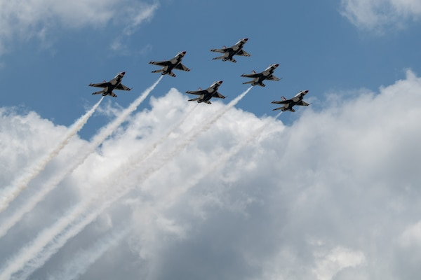 """The United States Air Force Air Demonstration Squadron """"Thunderbirds"""" fly over the city of San Antonio May 13 in support of Operation America Strong."""