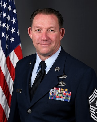 Official Air Force biography portrait for Chief Master Sgt. Scott E. Ross, command chief the 178th Wing in Springfield, Ohio