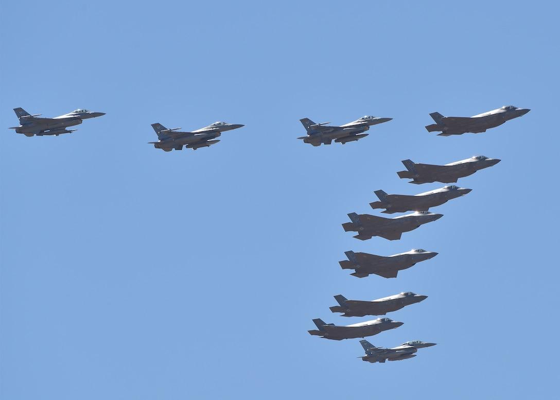 200501-F-XA522-0090