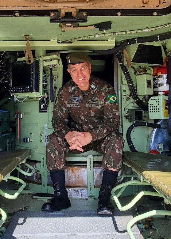 U.S. Army South's Deputy Commanding General-Interoperability General-de-Brigadia Alcides V. Faria Jr.