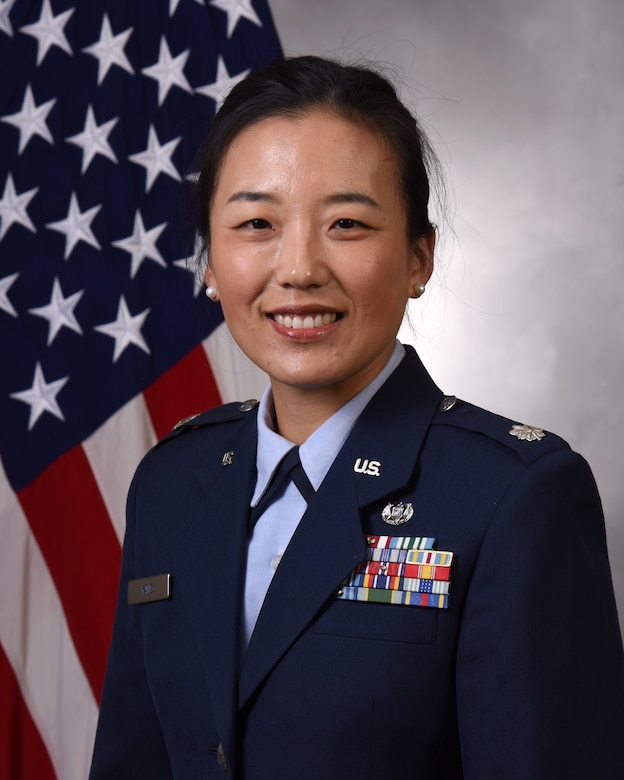Official military photo of Lt. Col. Hanna Yang