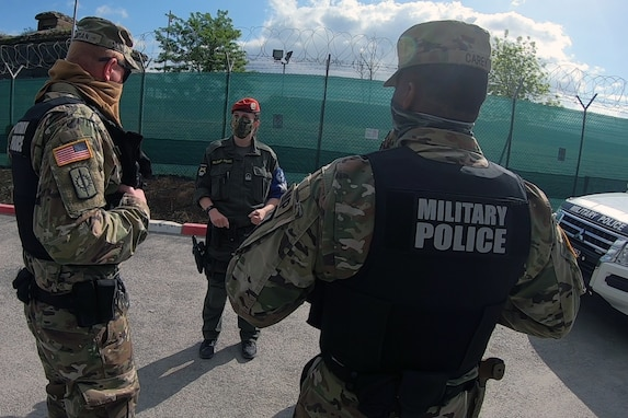 KFOR military police conduct joint operations