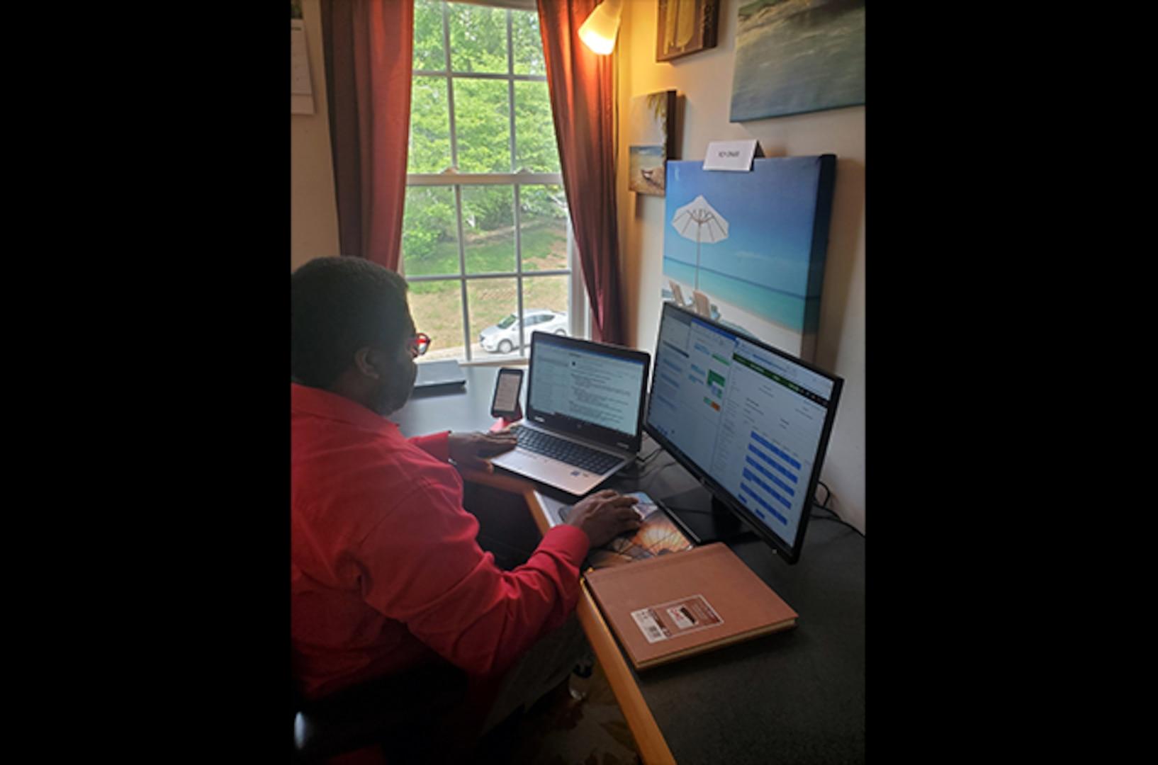 DLA Aviation leader communicates with staff