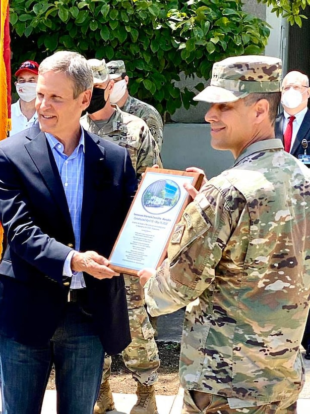 Deputy Chief of Engineers and Deputy Commanding General of the U.S. Army Corps of Engineers, and USACE Great Lakes and Ohio River Division (LRD) Commander Maj. Gen. Robert F. Whittle, Jr. (right),