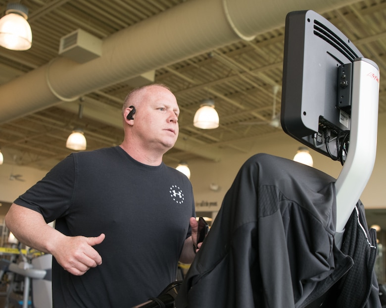 Senior Master Sgt. Ken Bachman, 512th