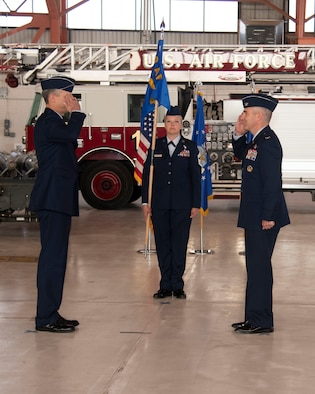 Col. Joseph Campo (right), outgoing 49th Wing commander, relinquishes command to Maj. Gen. Craig Wills (left), 19th Air Force commander, during the 49th WG Change of Command ceremony, May 21, 2020, on Holloman Air Force Base, N.M. Col. Ryan Keeney assumed command of the 49th WG during a formal ceremony. (U.S. Air Force photo Tech. Sgt. BreeAnn Sachs)