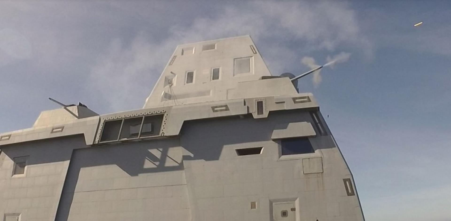 USS Zumwalt Completes First Live Fire Test
