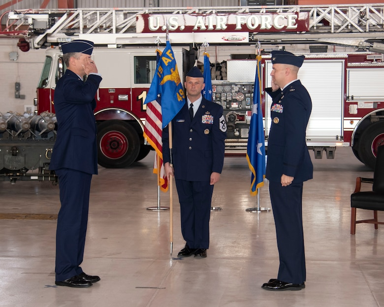 Col. Ryan Keeney (right), 49th Wing commander, assumes command from Maj. Gen. Craig Wills (left), 19th Air Force commander, during the 49th WG Change of Command ceremony, May 21, 2020, on Holloman Air Force Base, N.M. Keeney previously served as the Air Education and Training Command Operations and Communications deputy director at Joint Base San Antonio-Randolph, Texas. (U.S. Air Force photo by Tech. Sgt. BreeAnn Sachs)