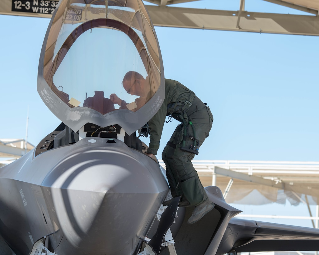 56th FW Commander takes final flight before retirement