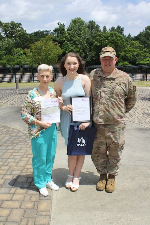 Daughter of 117 ARW Airman Wins Scholarship