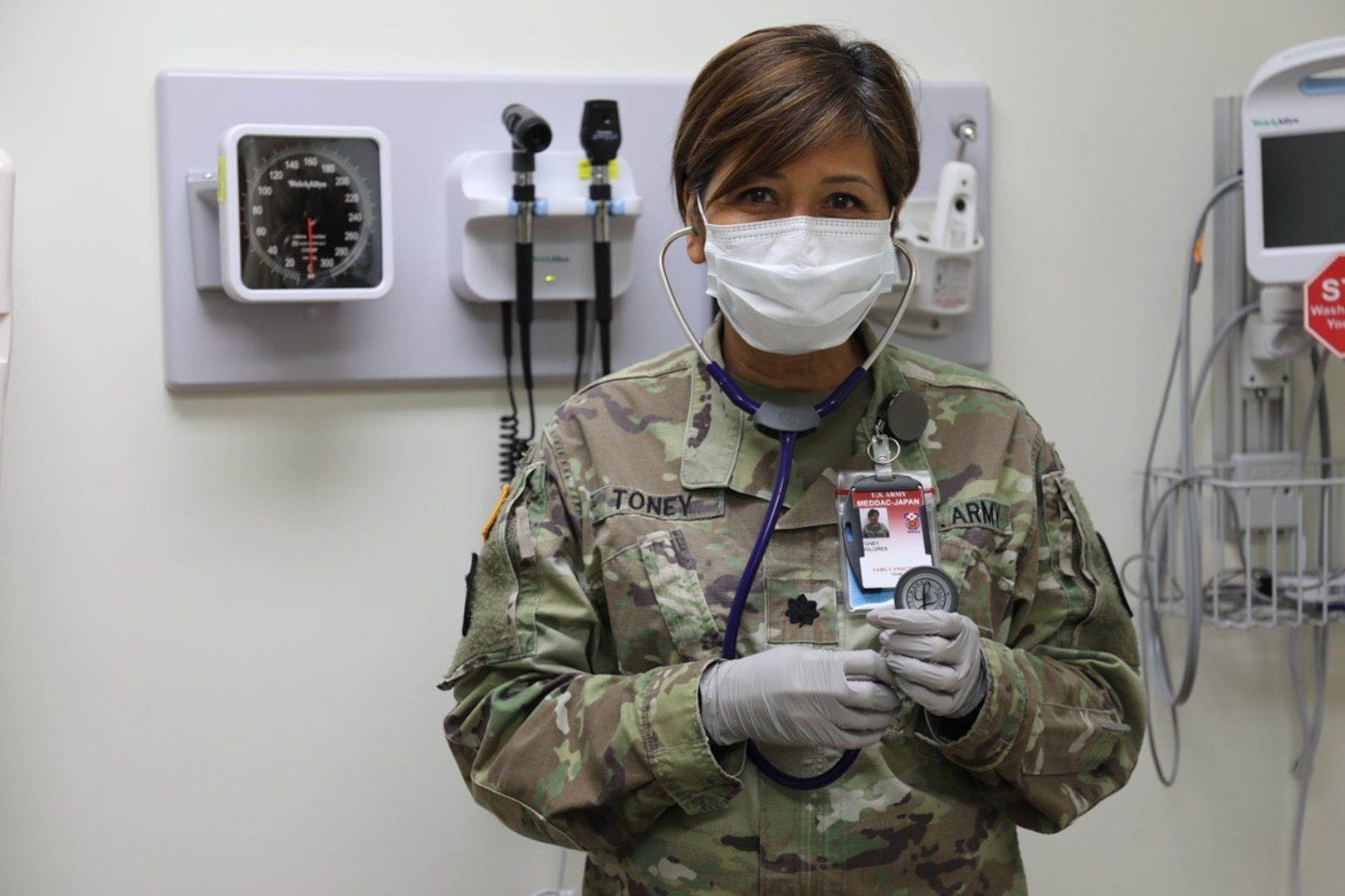 Family Nurse Practitioner Gives Back to Army in Face of COVID-19