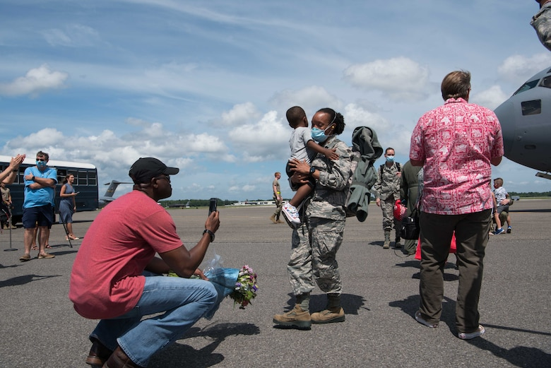 315th AMDS members return home from COVID-19 response.