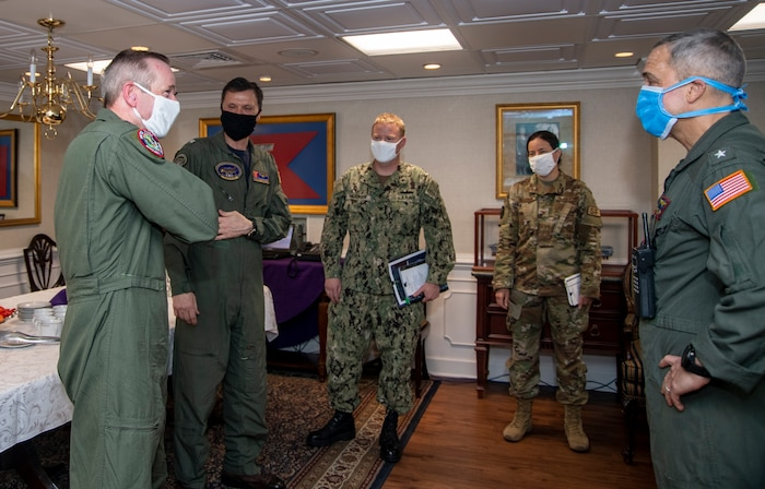 General O'Shaughnessy meets with USS Harry S. Truman crew.