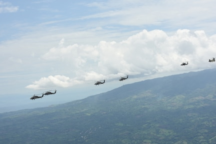 Four U.S. Army UH-60L Blackhawks and a CH-47 Chinook assigned to the 1st Battalion, 228th Aviation Regiment fly in formation during a Battalion Continuity of Operations (COOP) training exercise over Honduras and El Salvador, May 28, 2020.
