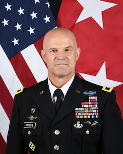 Official bio photo for Lt. Gen. James Mingus, director of operations