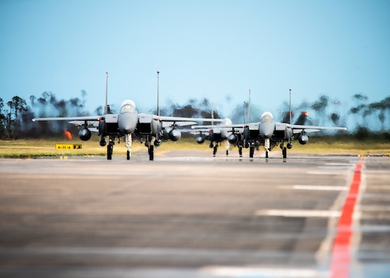 F-15 Eagles taxing