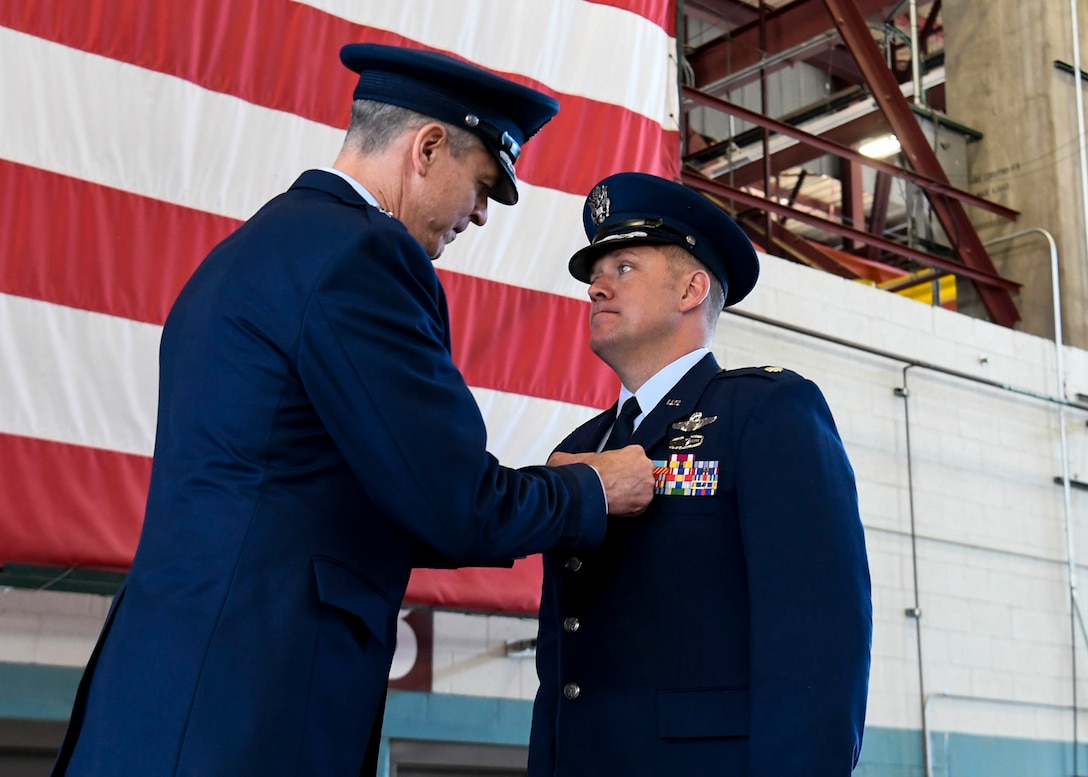 An Airman is awarded the Distinguished Flying Cross.