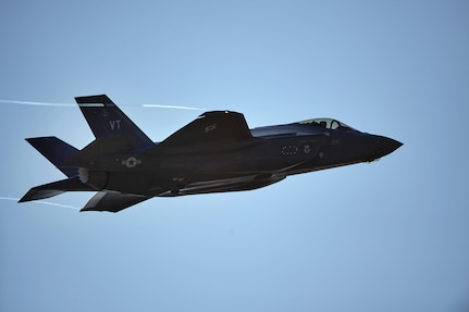 F-35 Flying