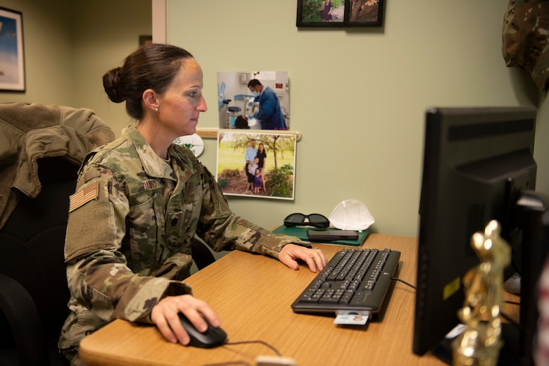 Lt. Col. Sarah Davis, clinical nurse assigned to the 158th Medical Group, Vermont Air National Guard, conducts training at the Vermont Air National Guard base.