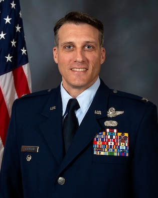 Col Michael Stapleton, 507th Air Refueling Wing vice commander, stands for an official photo Oct. 19, 2020. (U.S. Air Force courtesy photo)