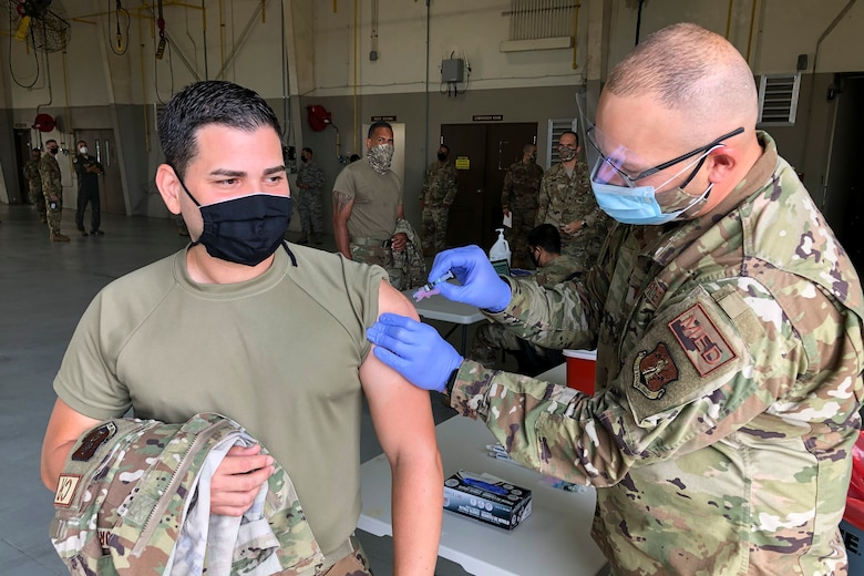PRANG Airmen receive flu vaccination