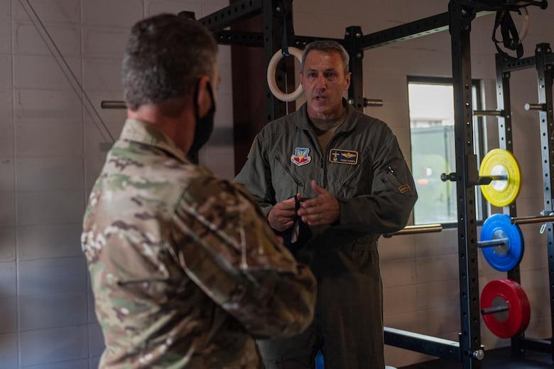 Photo of Maj. Gen. Franks speaking to the 23d FG commander