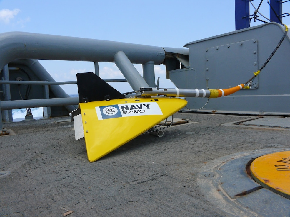 The TPL-25 System meets the Navy's requirement for locating emergency relocation pingers on downed Navy and commercial aircraft down to a maximum depth of 20,000 feet anywhere in the world.