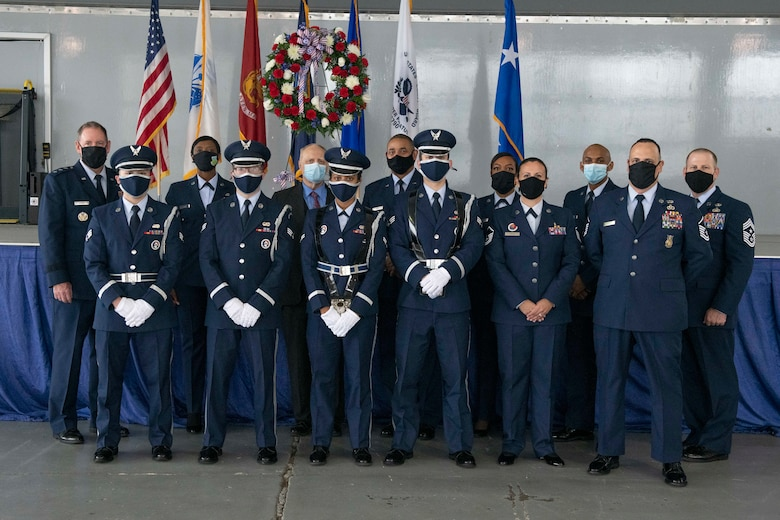 Air University and 42nd Air Base Wing leadership poses for a photo alongside Maxwell Air Force Base Honor Guard members Nov. 11, 2020. (U.S. Air Force photo by Senior Airman Charles Welty)