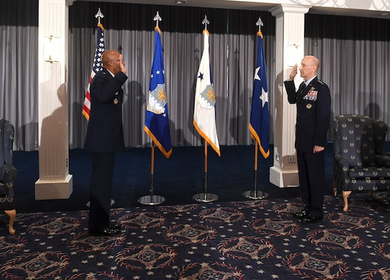 Air Force Chief of Staff Gen. Charles Q. Brown, Jr. administers the Oath of Office to newly-promoted Gen. David Allvin during a ceremony at Joint Base Anacostia-Bolling, Washington, D.C., Nov. 12, 2020. Allvin will serve as the 40th Vice Chief of Staff of the Air Force. (U.S. Air Force Photo by Andy Morataya)