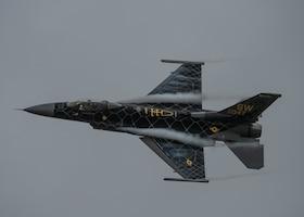 F-35 Demo Team Storms over the 2020 Stuart Air Show
