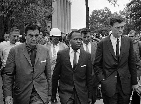 James Meredith walks to class at University of Mississippi accompanied by U.S. Marshal James McShane (left) and John Doar of Justice Department, October 1, 1962 (Library of Congress/U.S. News & World Report/Marion S. Trikosko)