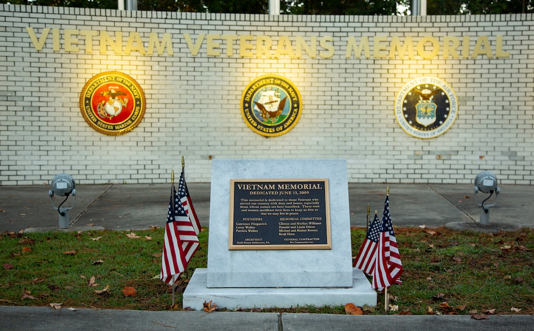 """The Vietnam Veterans Memorial stands in honor of those who have served our country in Jacksonville, North Carolina, Nov. 5, 2020. Veterans Day is a time of reflection and an opportunity to give recognition to men and women who have served in the armed services throughout history. """"To devote yourself to this country and sacrifice time with your family, and possibly even your life for the love of your country says a lot about service members' character,"""" said U.S. Marine Corps Capt. Brenden McDaniel, commanding officer, Bravo Company, Headquarters and Support Battalion, Marine Corps Installations-East, Marine Corps Base Camp Lejeune. """"I am proud to be part of an organization that carries so much pride and honor."""" (U.S. Marine Corps photo by Cpl. Ginnie Lee)"""
