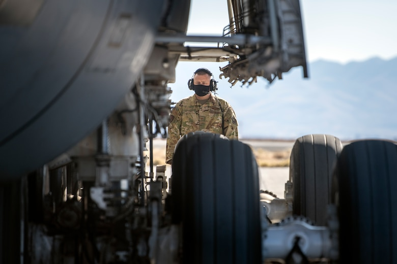 Airmen gain CR proficiency during Exercise Night Fury
