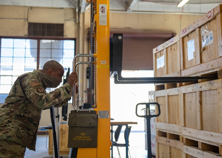 Armament shop maintains F-35 weapons system equipment