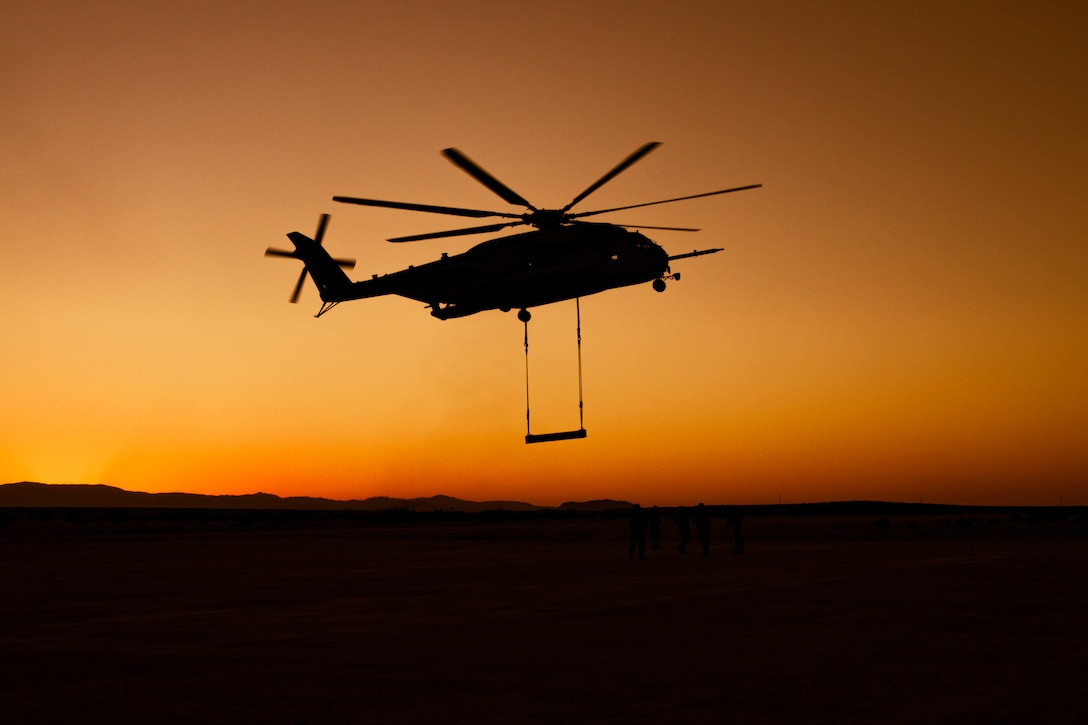 U.S. Marines conduct helicopter support team training during Integrated Training Exercise 1-21 at Marine Air Ground Combat Center Twentynine Palms, Calif., Oct. 13.