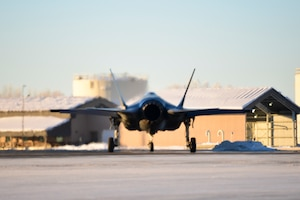 An F-35A Lightning II, assigned to the 356th Fighter Squadron, prepares to taxi during Arctic Gold 21-1 on Eielson Air Force Base, Alaska, Nov. 17, 2020.