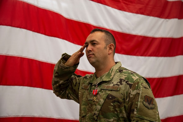 Master Sgt. Timothy Fagan, 726th Air Control Squadron signal communications operation flight superintendent, salutes during award ceremony, at Mountain Home Air Force Base, Idaho, Oct. 16, 2020. Fagan was awarded the Bronze Star Medal for his meritorious achievement while deployed. (U.S. Air Force Photo by Airman 1st Class Eric Brown)