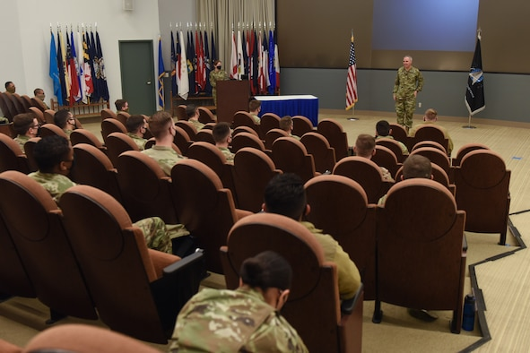 Photo of General Whiting briefing students