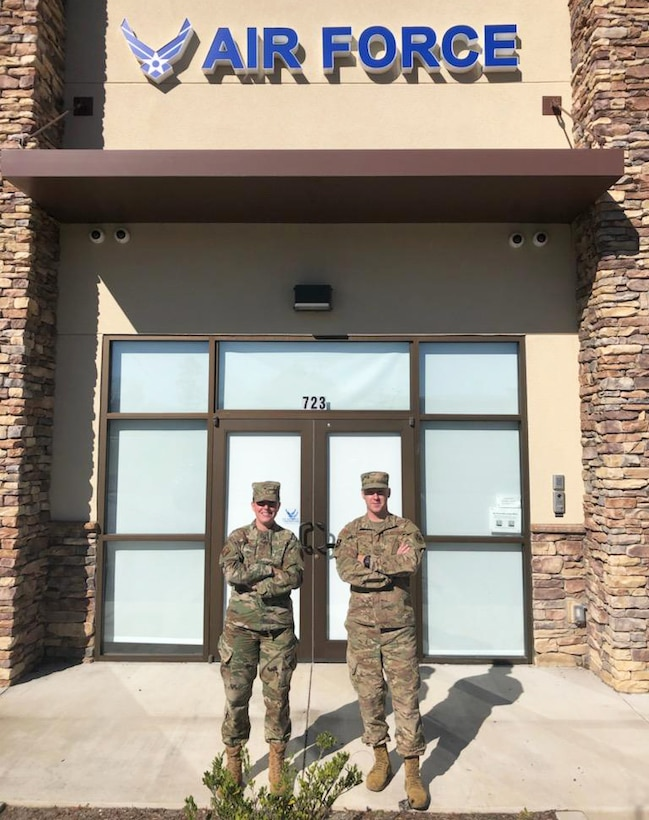 Tech. Sgt. Brittany Hopkins, a Georgia Air National Guard recruiter in Savannah and Augusta, Georgia, and Staff Sgt. Derek Knight, an enlisted accessions recruiter with the 336th Recruiting Squadron, show off their new office in Grovetown, Georgia