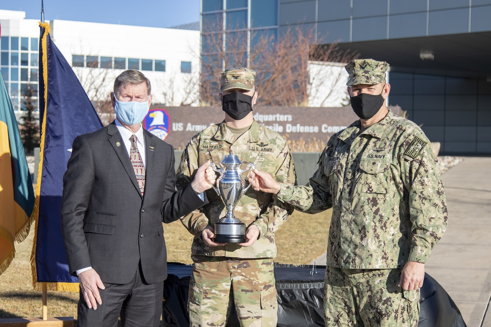 Army missile defense brigade receives U.S. Strategic Command award.