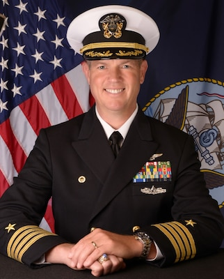 201123-N-N0443-1400 PENSACOLA, Fla. (Nov. 23, 2020) Official photo of Capt. Thomas A. Decker. (U.S. Navy photo)